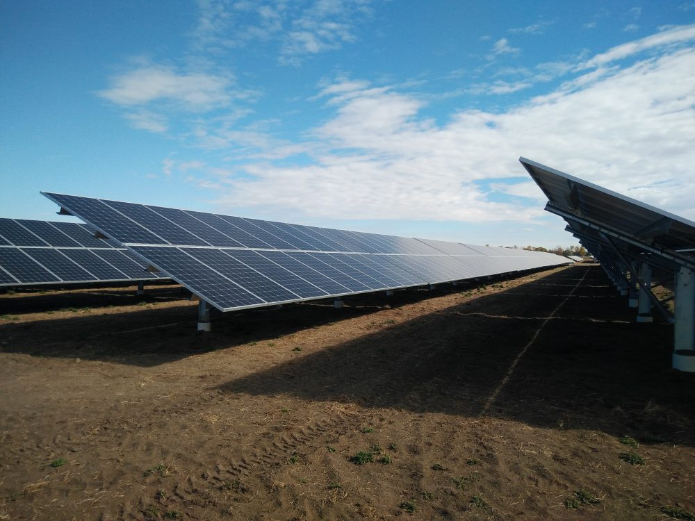 Elemental Energy's 17MW DC Solar Farm in Brooks Alberta